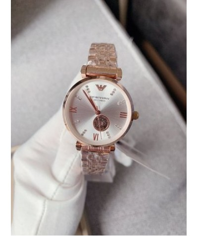 Armani               Ar60019, a fully automatic mechanical women's watch, is classic, simple, Italian style, beautiful and sassy