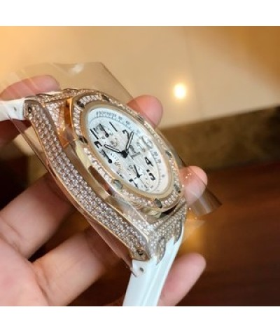 (random + 1 tape) AP Royal Oak Offshore series Italian limited edition hot launch [color] full manual drill casing device Japanese VK movement size 42mm top replica quality super high quality and low price