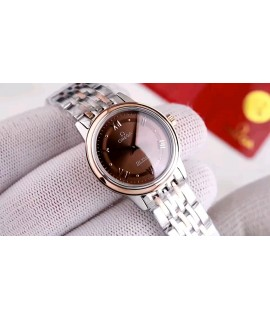 (this product has been strictly tested for water resistance, and the water resistance can reach 120m)               Omega Omega butterfly series               Imported Swiss quartz - precise travel time               Swiss quartz watch for women