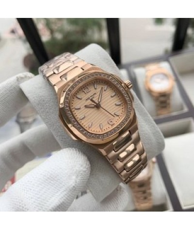 [women's Nautilus] Patek Philippe Nautilus series is fashionable and elegant, and integrates into one to create women's exclusive watch in all directions
