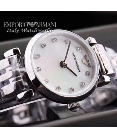 Armani / Armani Watch               Case: 316L steel               Glass: mineral reinforced glass               Movement: imported quartz movement               Strap: 316L steel               Size: 22mm               Small and exquisite, sexy in simple